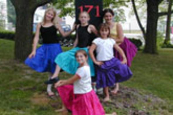 171 Cedar Arts Center dancers