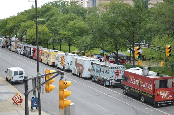 Food trucks lined up and waiting for patrons before lunch hour in Fort Wayne, IN.