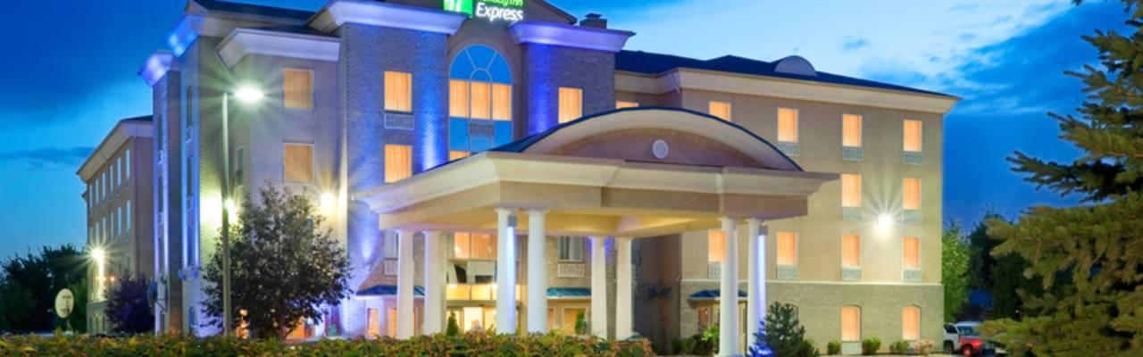 Holiday Inn Express - Outside Shot