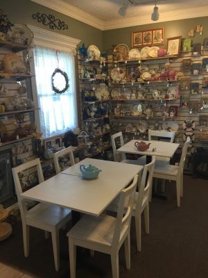 The Porch - cafe, tea room, gift shop.