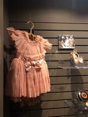 Munchkin Olga Nardone's costume and accessories (Oz Museum)