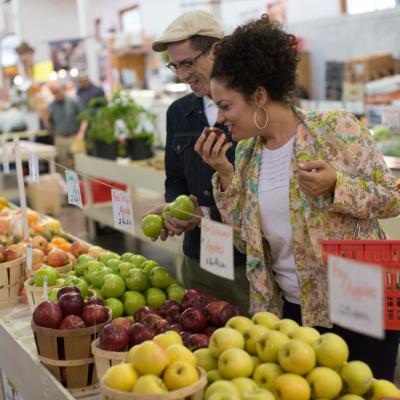 farmers-market-broad-st-market-harrisburg-fall-bucket-list