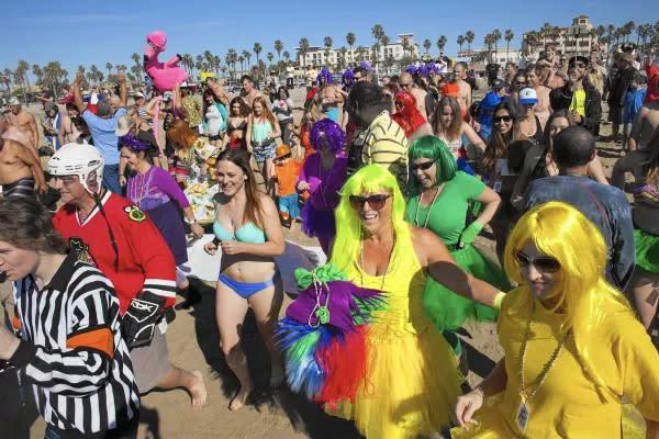 Beach crowd