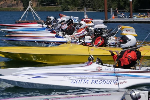 Drag Boat Racing at Dexter by Eugene, Cascades & Coast