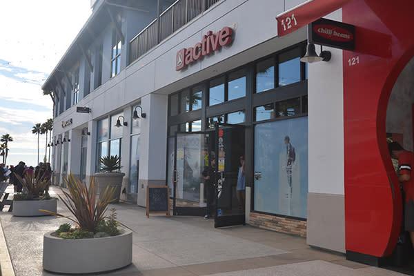 Huntington Beach Holiday Shopping