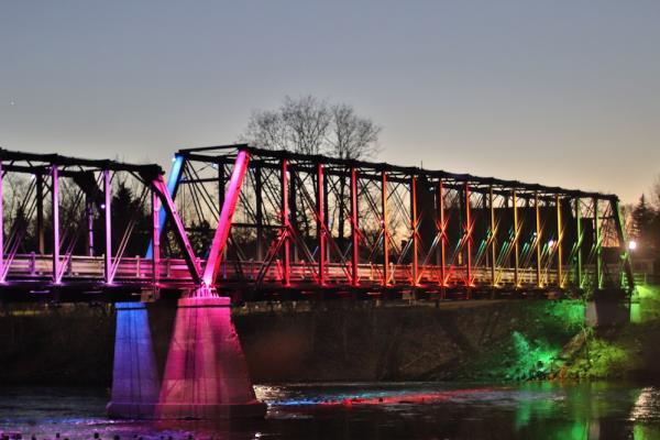 Phoenix Park Bridge Colors