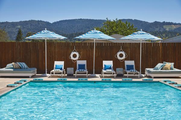 Calistoga Motor Lodge geothermal pools