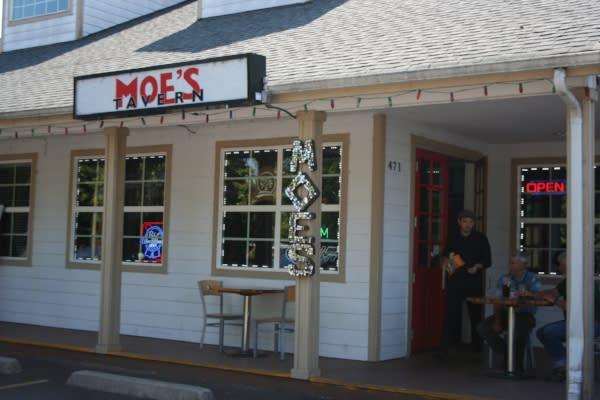 Moe's In Springfield by Taj Morgan