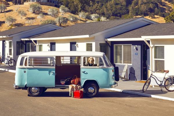 VW Van outside of Calistoga Motor Lodge & Spa Napa Valley