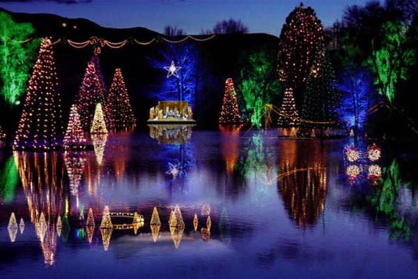 Holiday Lights in Utah Valley - Salem Pond