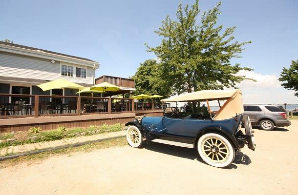 Classic car at Bayside brewing