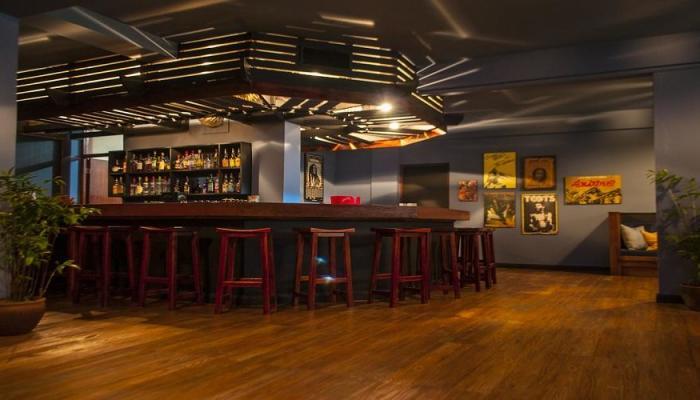 Mandeville Hotel - Pub