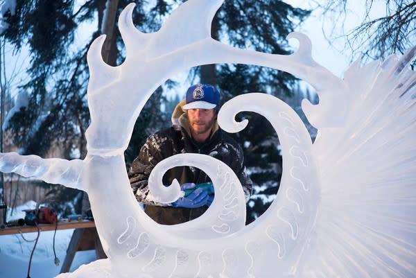 Ice Art Artist