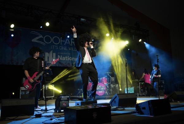Musicians performing at Zoofari