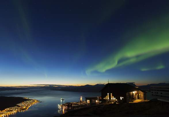 Lights at the Lodge - Experience the beautiful Northern Lights