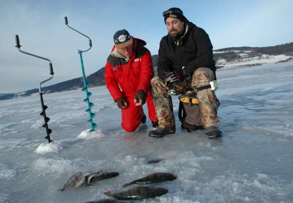 Ice fishing near Comfort Hotel Grand
