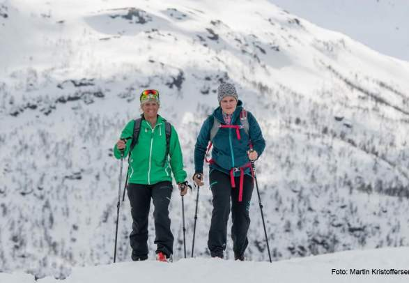 Cross-country skiing - A traditional Norwegian Experience