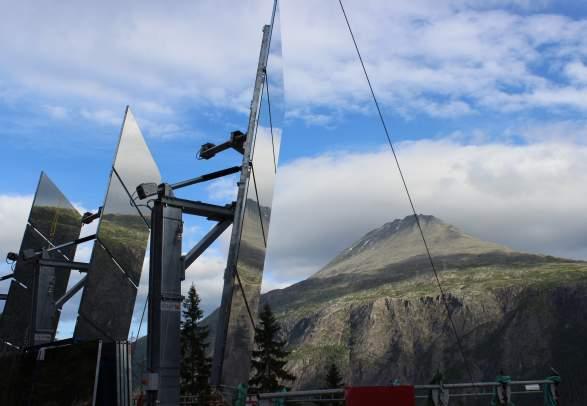 Solspeilet fra Rjukan Sentrum