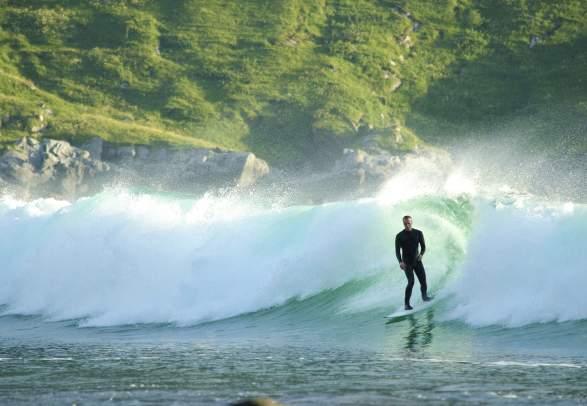 Surfing på Stadlandet i Nordfjord