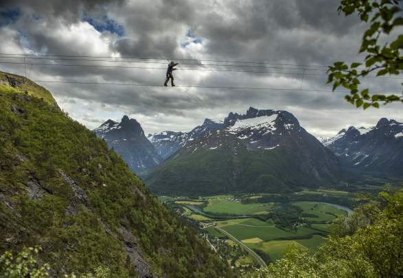 Romsdalsstigen Via Ferrata Vestveggen (5-6 timer)