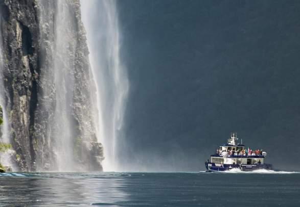 Epos Fjordsightseeing Geiranger mit dem Schiff