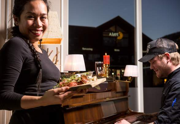 Perleporten Café og Bar