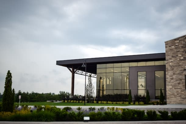 Storefront of Dark Horse Winery