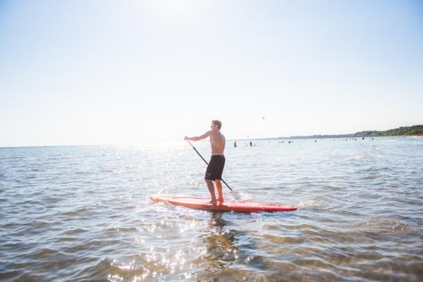 Man paddling in Port Stanley