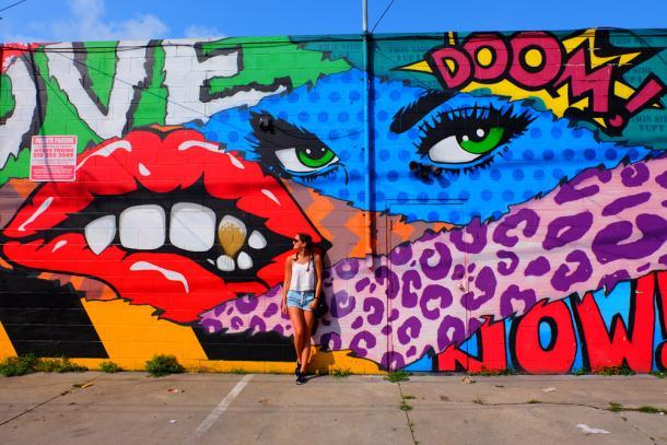 Lauren Marinigh at Artist Alley