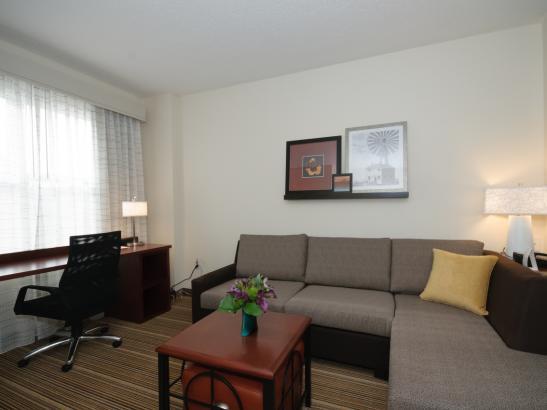 Guestroom Living Area