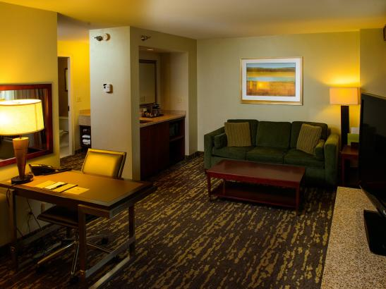 Deluxe guestroom accommodations offer additional space.