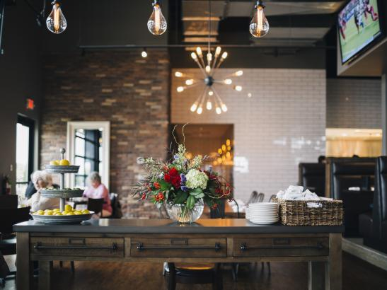 A 'New American' Restaurant | credit AB-PHOTOGRAPHY.US