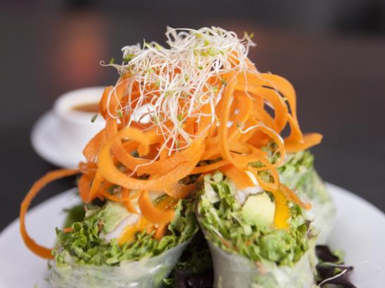 Mango Spring Rolls | credit olivejuicestudios.com