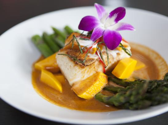 Pan-seared Red Curry Sea Bass | credit olivejuicestudios.com