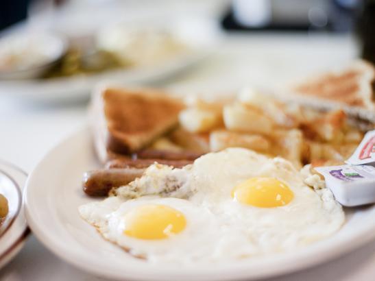 Breakfast   credit olivejuicestudios.com