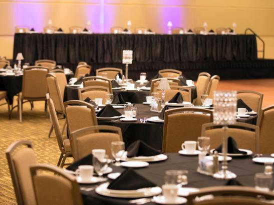 Ballroom set for event | credit olivejuicestudios.com