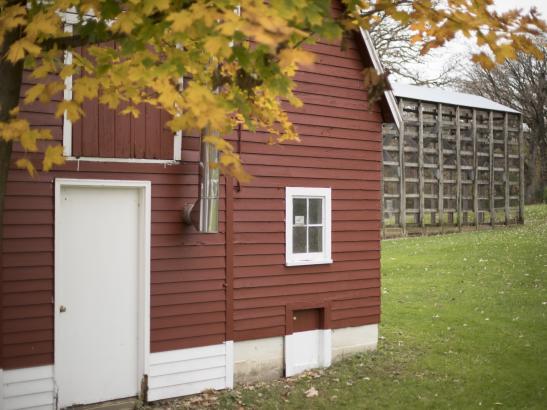 Red Barn | credit olivejuicestudios.com