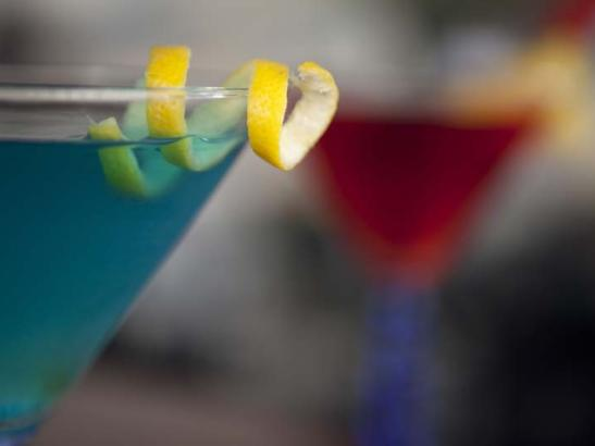 Carefully crafted by skilled mixologists | credit olivejuicestudios.com