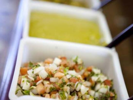 Salsa bar | credit olivejuicestudios.com
