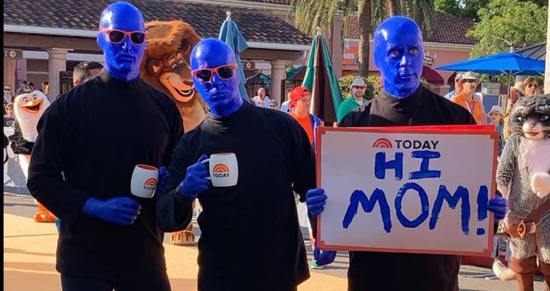 Blue Man Group Hi Mom
