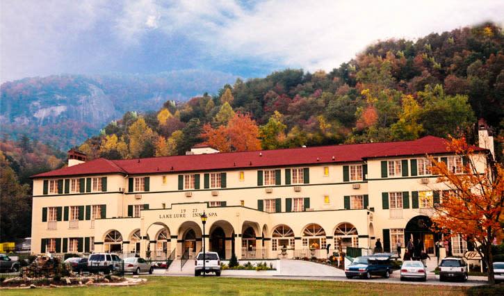 Fall Color Lake Lure Inn&Spa
