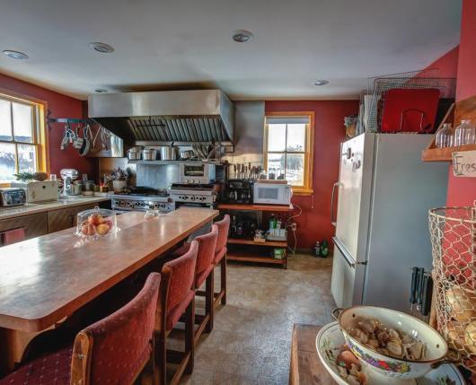 Landhaven_Kitchen_DiscoverLehighValley