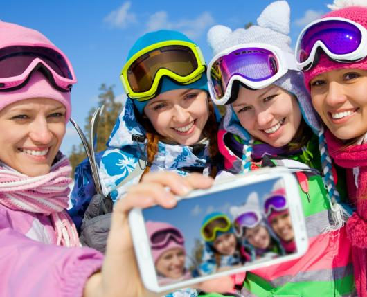 Millennials Taking Selfie 2018