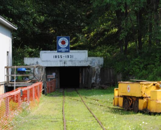 No.-9-Coal-Mine-Museum-3.jpg