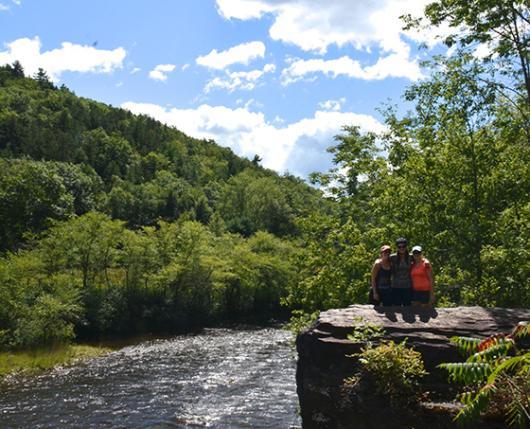 View River 16