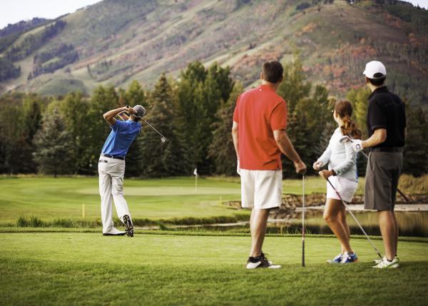 Golfers observe drive on Park City golf course