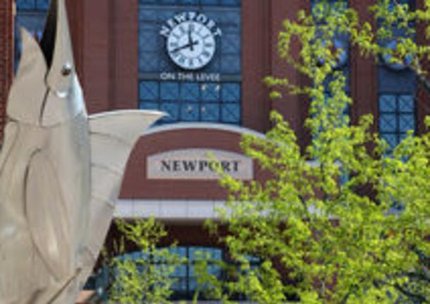 AMC Newport 20 Theatres