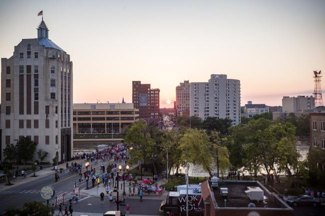Downtown sun