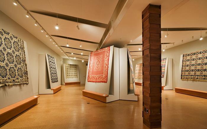 Foster & Muriel McCarl Coverlet Gallery