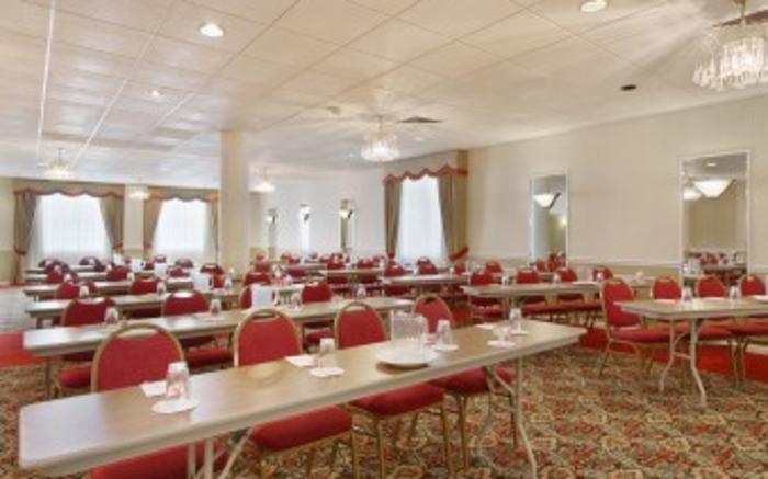 St. Clair Meeting Room